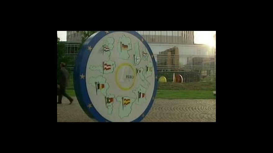 Video ECB nechala sazby beze změny