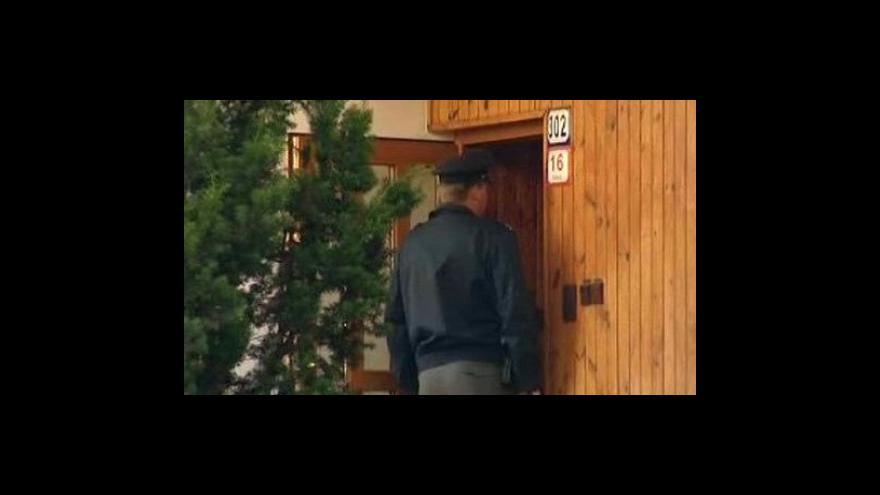 Video Starostku Moravan napadl neznámý útočník