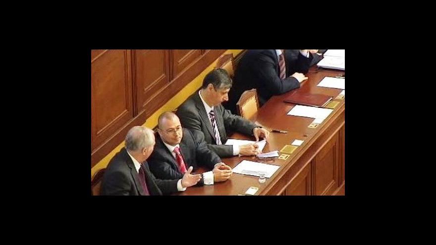 Video Paroubek a Topolánek v OVM