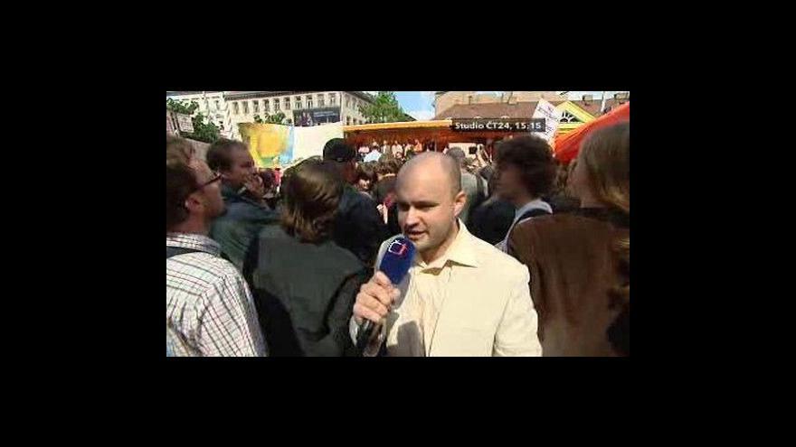 Video Vstup Luboše Rosího po skončení mítinku