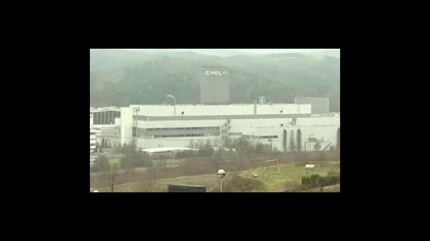 Video Žhavým favoritem na koupi Opelu Magna
