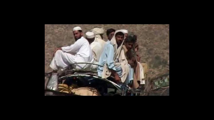 Video Na hranicích Afghánistánu a Pákistánu pokračují boje s Talibanem