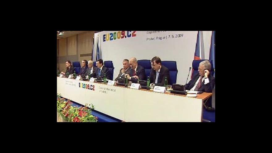 Video Brífink po summitu k zaměstnanosti