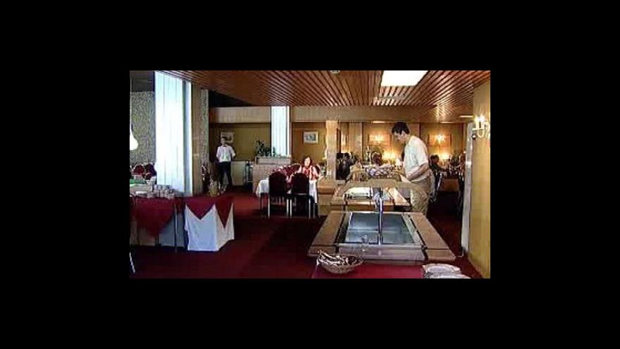 Video Propad tržeb hoteliérů