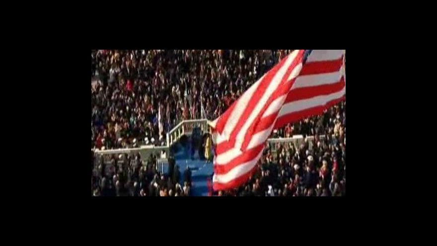 Video První Obamův den v úřadě