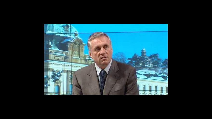 Video Premiér Topolánek během čtvrtka představí nové ministry