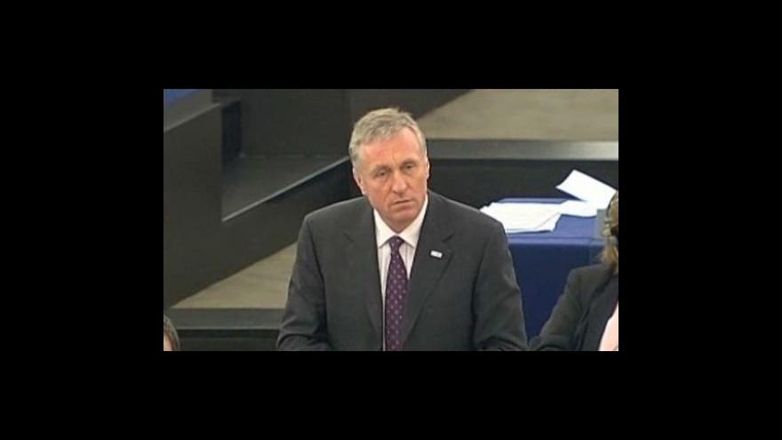 Video Topolánek představil europoslancům priority českého předsednictví