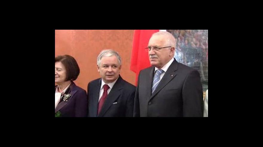 Video Brífink Lecha Kaczyńského a Václava Klause