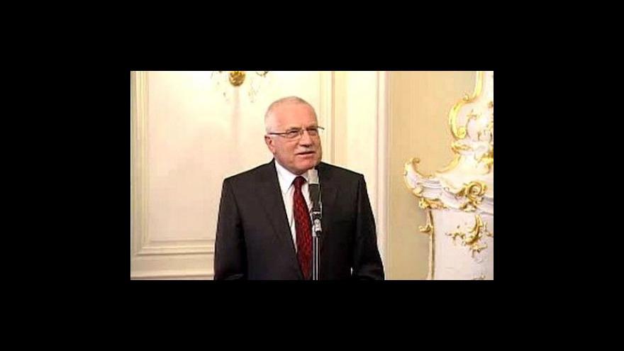 Video Brífink Václava Klause a Mirka Topolánka