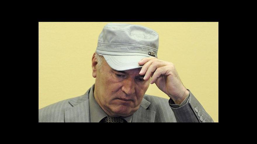 Video Svět si připomíná srbskou genocidu, pohřbeni budou další mrtví