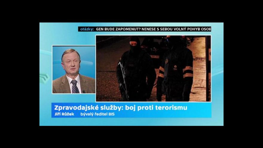 Video Hyde Park s Jiřím Růžkem a Petrem Pelzem