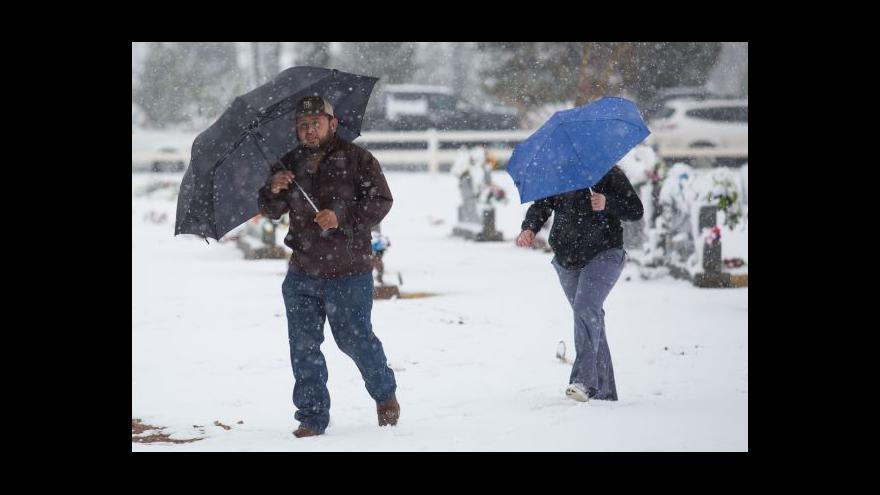 Video Zpravodaj ČT: New York se připravuje na sněhovou bouři