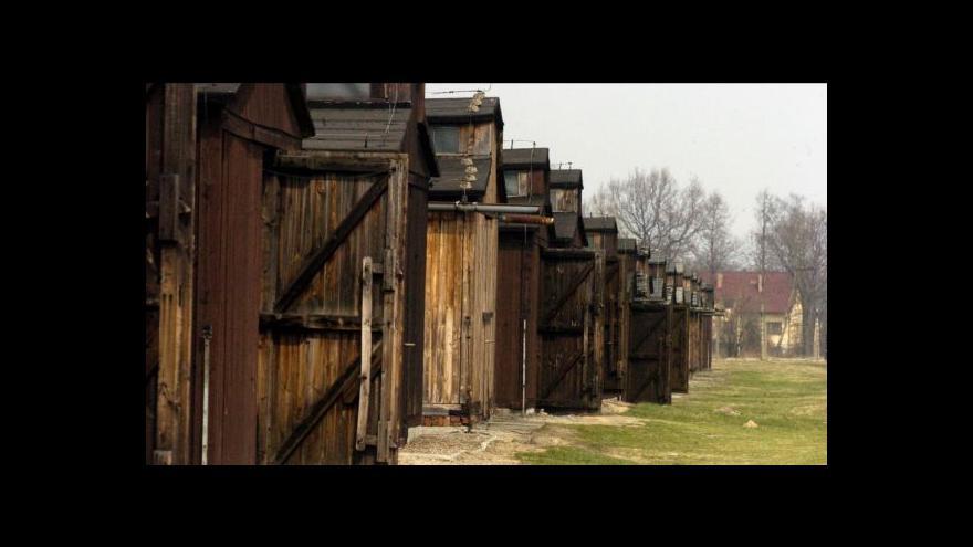 Video Události: Pražský hrad hostí vzpomínku na konec Osvětimi