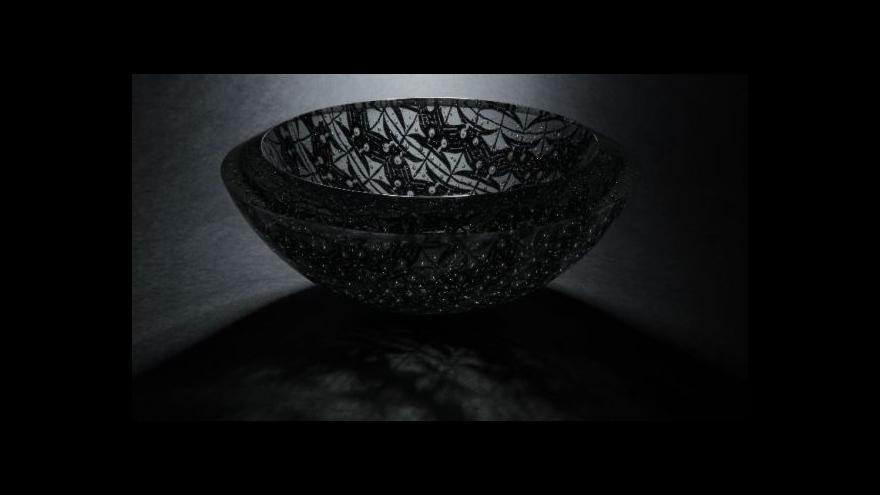 Video Lhotského hrátky se sklem