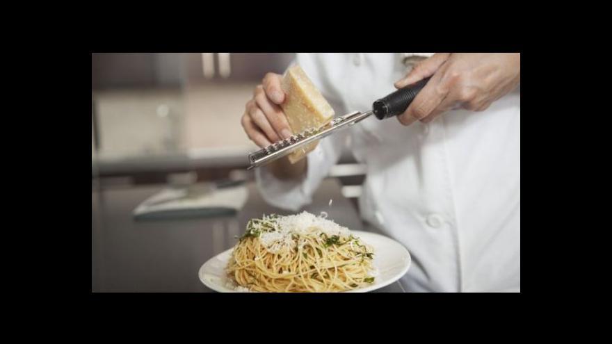 Video Největší zájem je o pracovníky v gastronomii