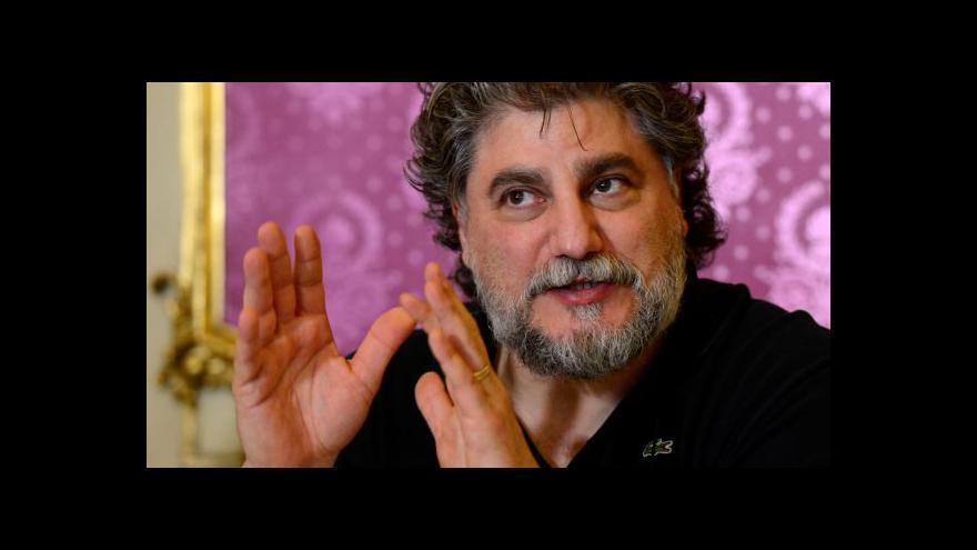 Video José Cura zpívá ve Státní opeře