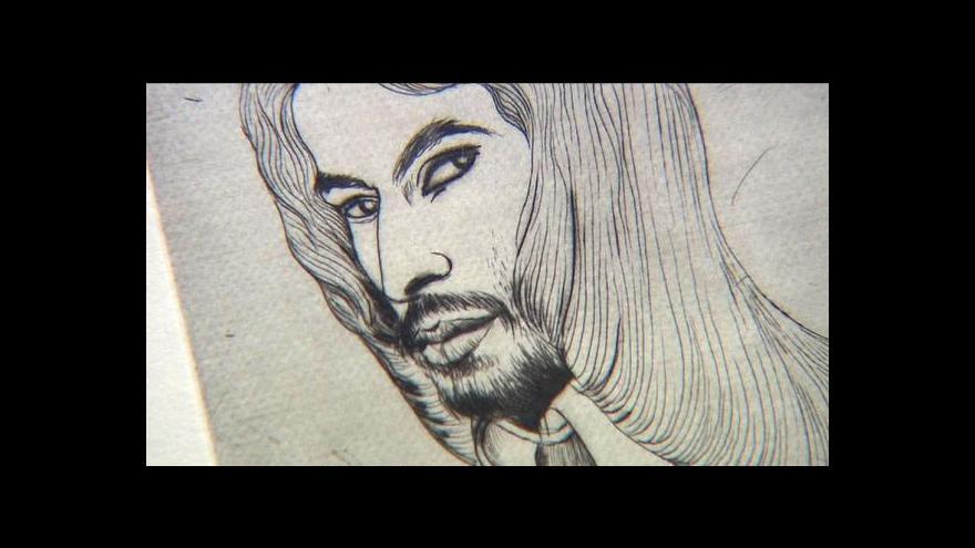 Video František Skála vystavuje obry, katastrofy a krásné muže