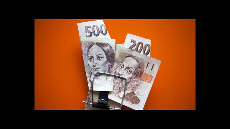 Video Odborník: Hypotéky se splácejí, problém je se spotřebitelskými dluhy