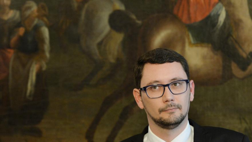Video Živě: Tisková konference prezidentova mluvčího Jiřího Ovčáčka