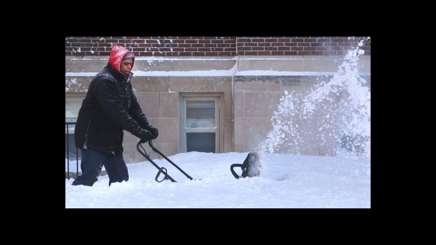 Video Bez komentáře: Následky sněhové bouře Linus