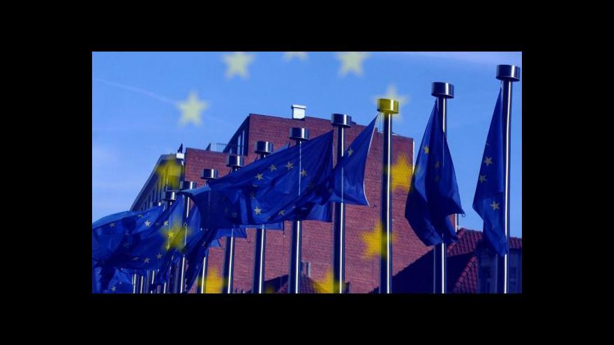 Video Česká ekonomika letos poroste o 2,5 %