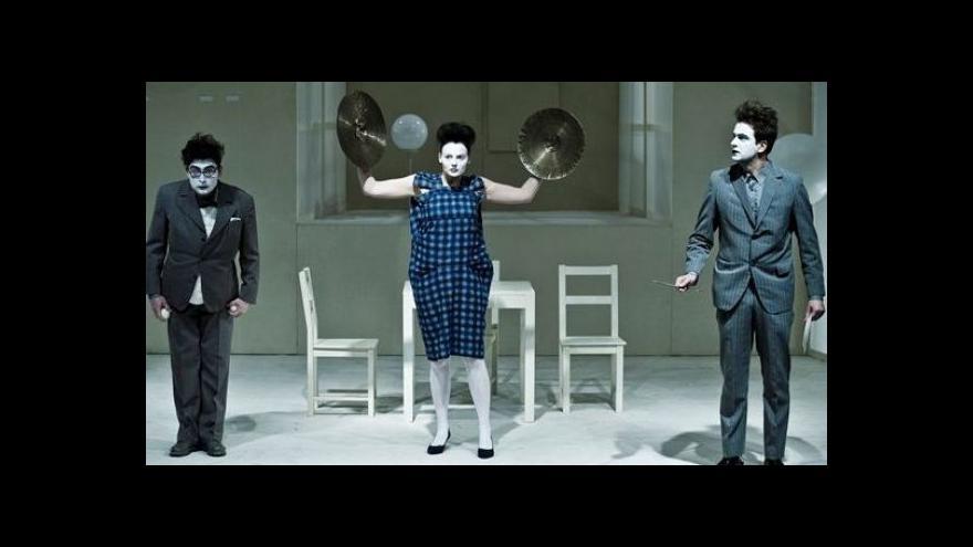 Video Tvůrci Divadla Na zábradlí o Korespondenci V+W