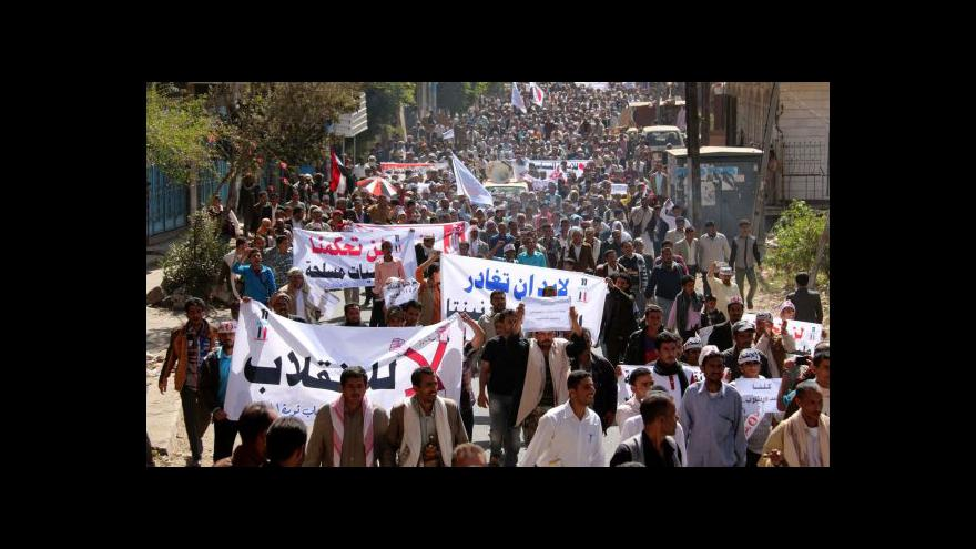 Video Protesty proti vládě rebelů v Jemenu