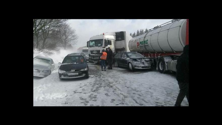 Video Téma Událostí: Sníh potrápil Česko