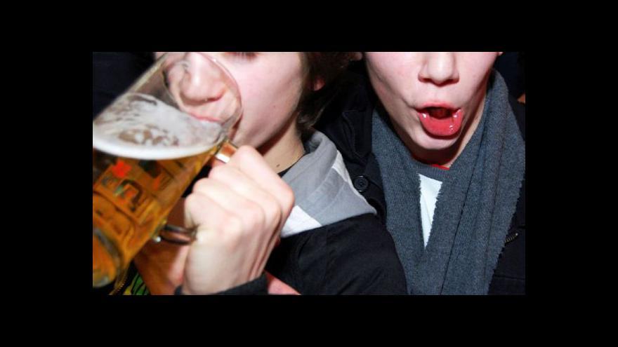 Video Závislých dětí a dospívajících přibývá