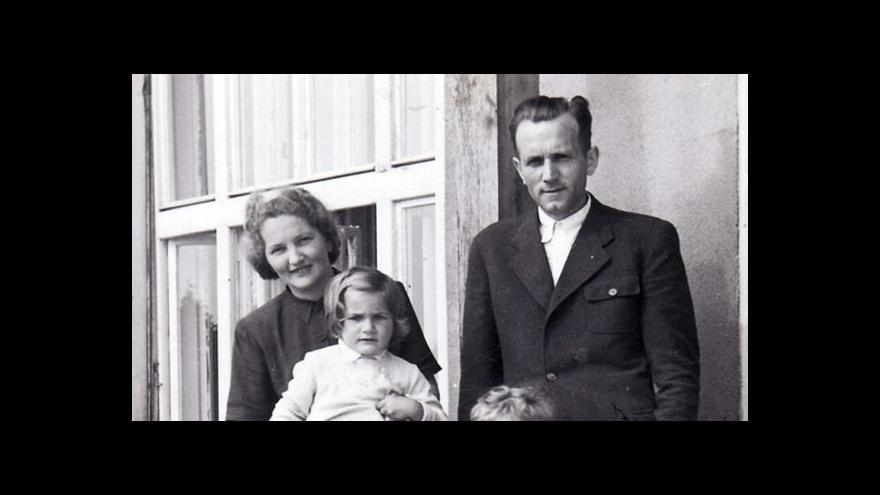 Video Záznam: rekonstrukce procesu s manželi Hlachovými