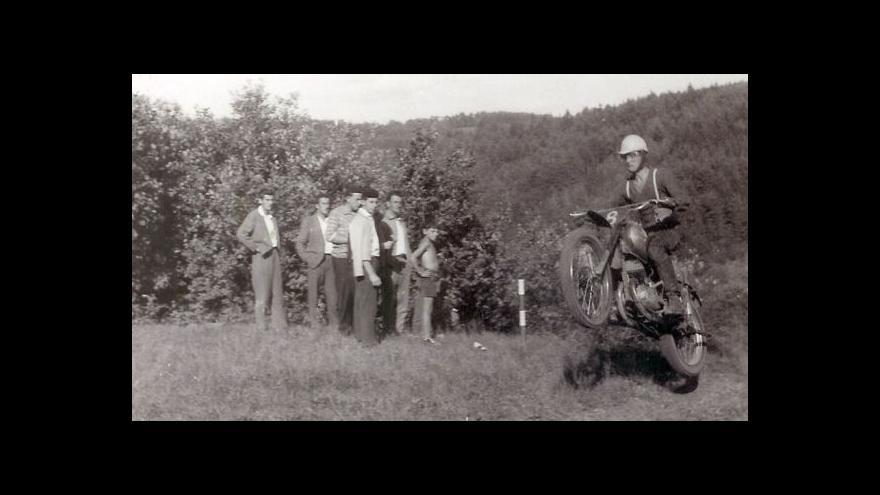 Video Děti 50. let: Švýcarský Robinson - Jan Hlach