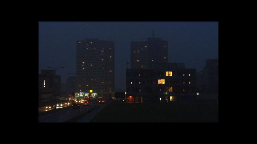 Video Jak přijít k lukrativnímu pozemku za málo peněz