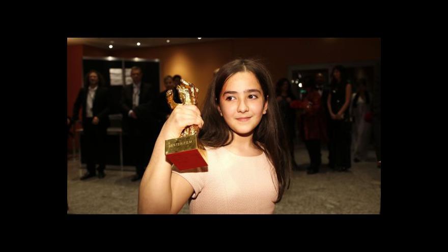 Video Berlinale vyhrál zakázaný íránský režisér Panahí