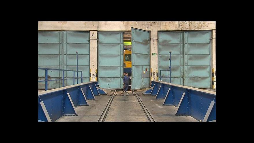 Video Události: Kyklop dojel z nymburských dílen do Vysočan