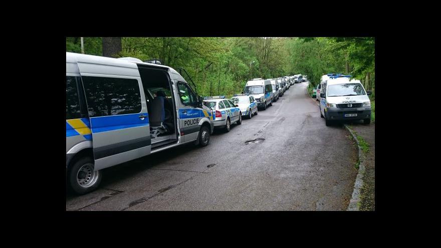 Video Události: Policie vyklidila usedlost Cibulka