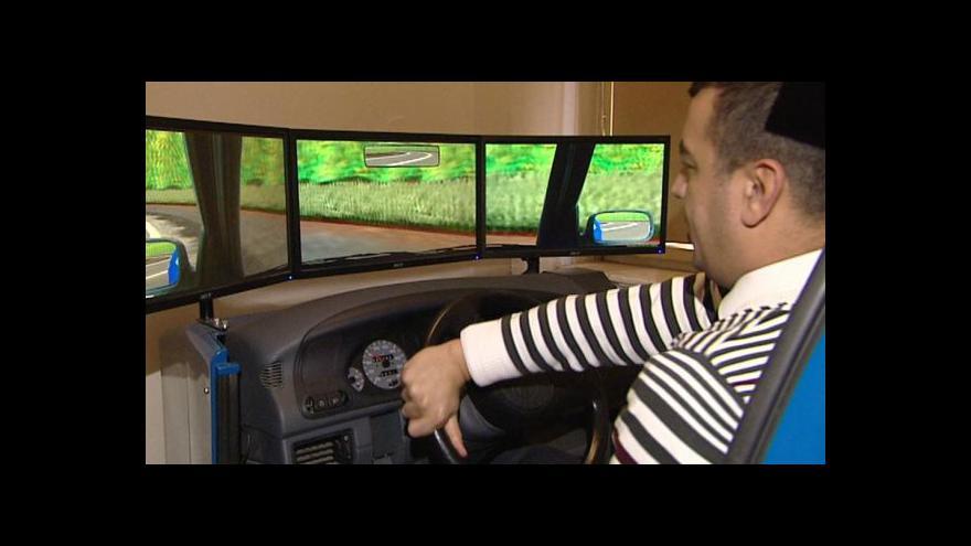 Video Události: Pokles se zastavil, mrtvých na silnicích je opět více