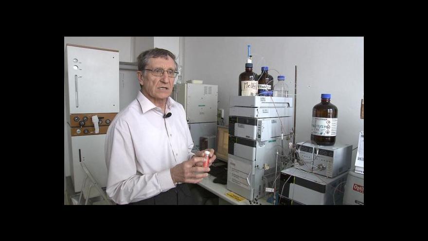 Video Události ČT: Akademie věd ocenila Ulbricha, výzkum se týká rakoviny