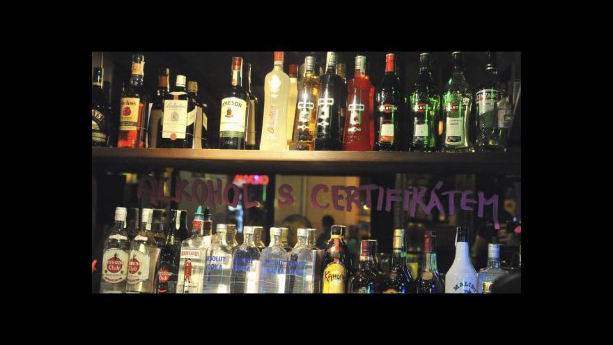 Video Problémy s nadměrným pitím alkoholu