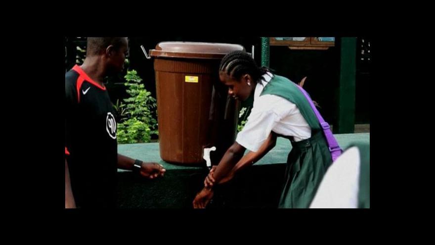 Video Západ Afriky v naději na ústup eboly