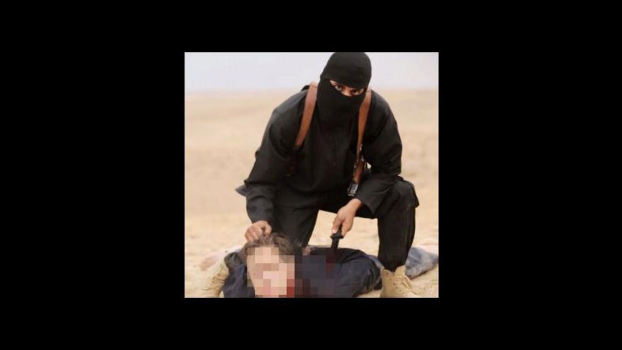 Video Džihádista John před pár lety tvrdil, že není extremista