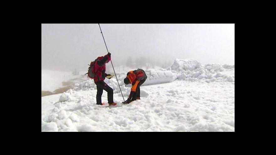 Video Vědci z ČZU předpověděli lavinu v Modrém dole