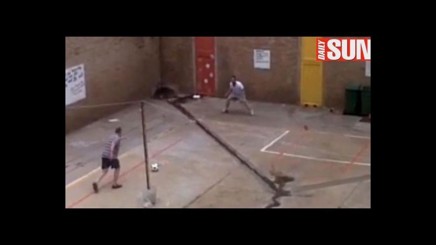 Video Pistorius a Krejčíř: Hrátky ve vězení (zdroj: YouTube)