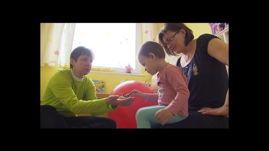 Video Události: Linka pomáhá rodičům s handicapovanými dětmi