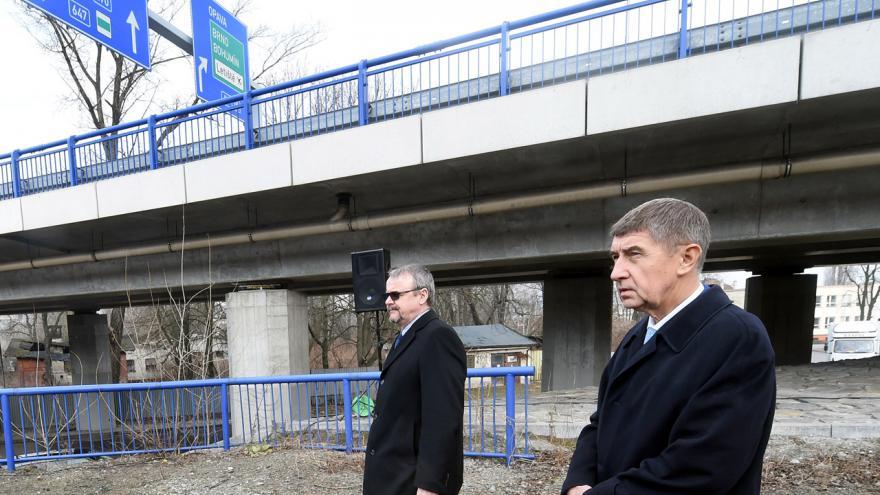 Video Bohuslav Sobotka bilancuje se členy kabinetu