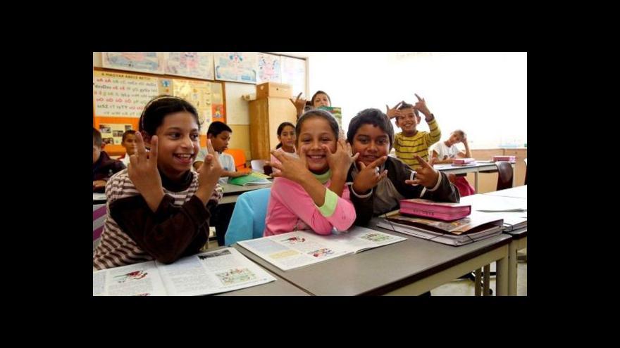 Video Neposílejte romské děti do zvláštních škol, vzkazuje Evropská komise