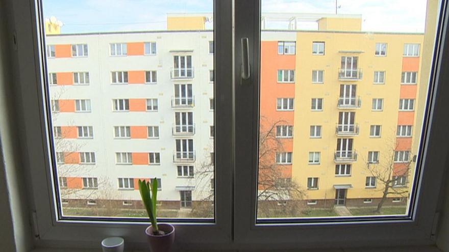 Video Události: Za neplatiče platí dluhy sousedi