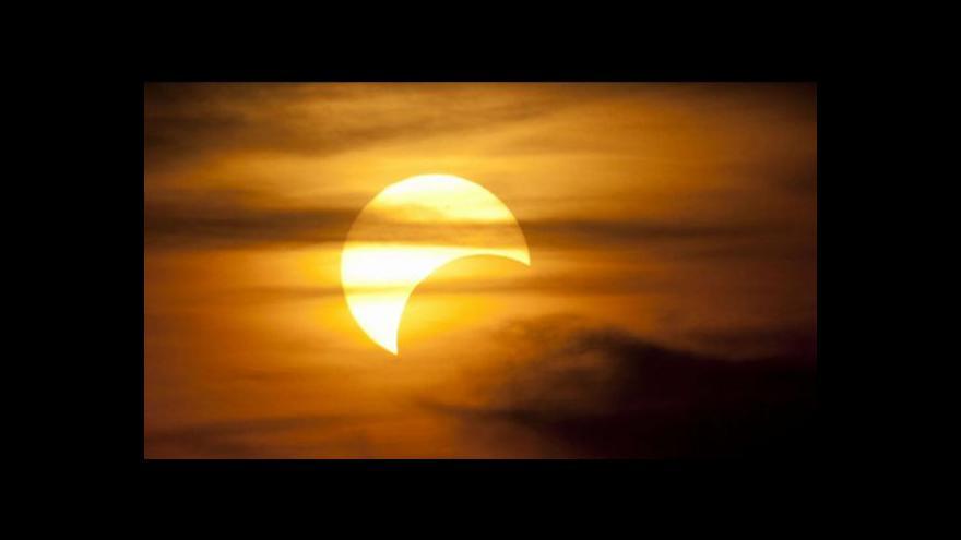Video Události: Jak pozorovat zatmění Slunce