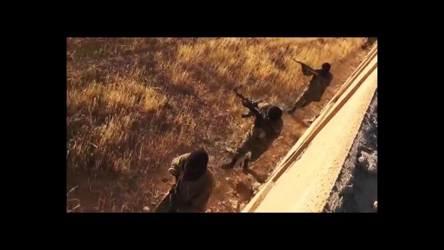 Video Islámští radikálové zabíjeli v Sýrii i Jemenu