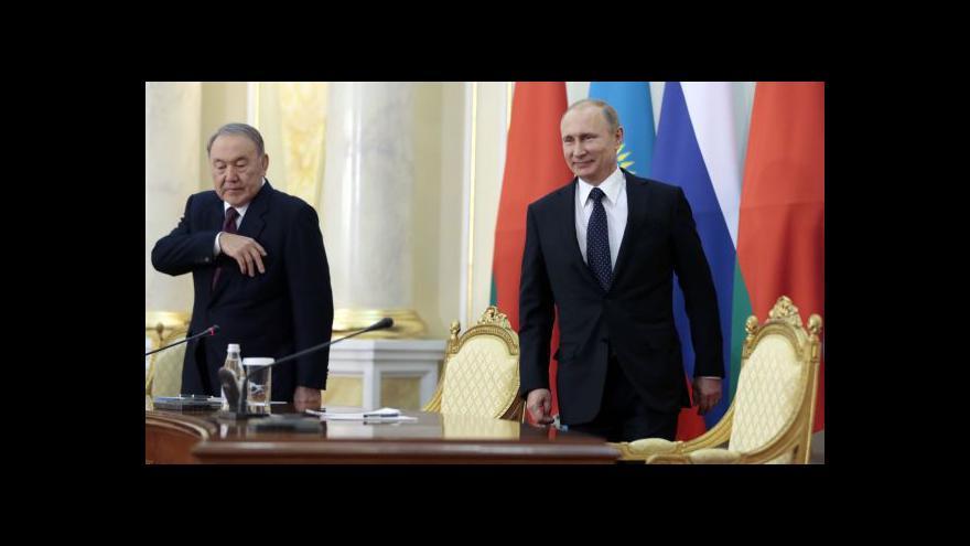 """Video Putin by chtěl své """"východní euro"""""""