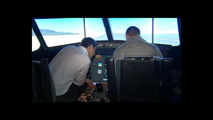 Video Studio ČT24: Jak probíhá výcvik pilotů?